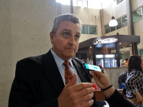 Luego de algunas horas de reunión Villamayor aceptó ser el Ministro del Interior del Gobierno de Abdo