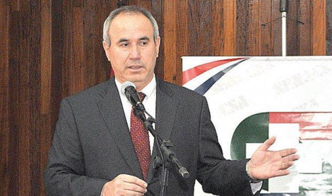 """Idoyaga: """"mi continuidad depende de Horacio Cartes"""""""