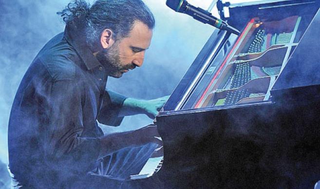 Junio Italiano se celebra con un concierto del pianista Stefano Bollani
