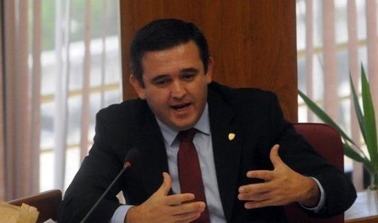 La interpelación a Eduardo Petta fue aprobada por el Senado