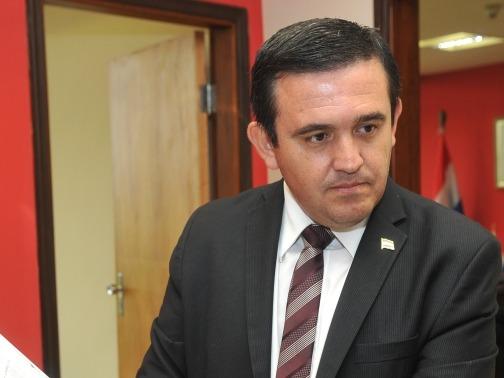 Eduardo Petta Senador Nacional