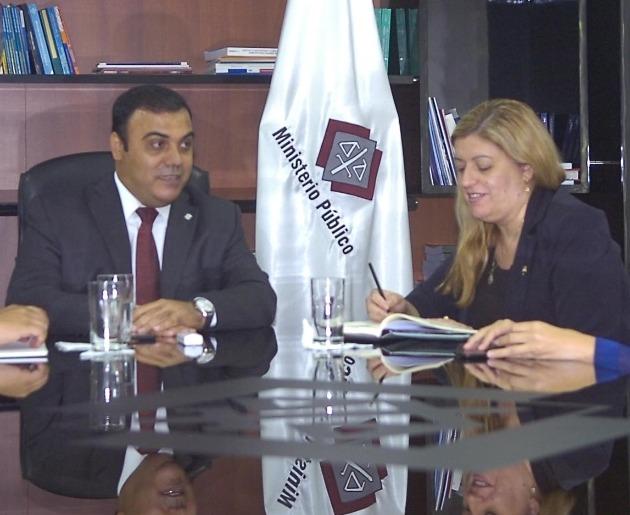 Diaz Verón y Sandra Quiñónez UH