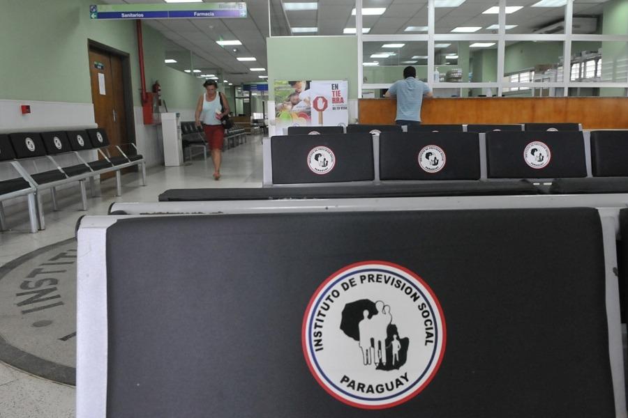 Fondos jubilatorios preocupa a médicos jubilados del IPS
