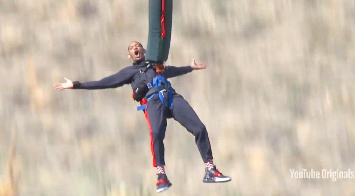 Will Smith celebró sus 50 años saltando en bungee jumping