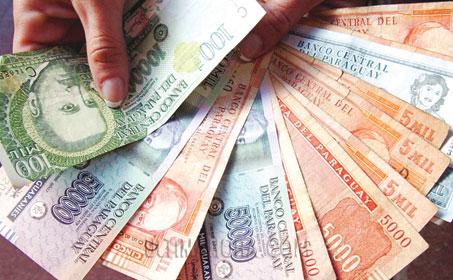 El salario mínimo debe subir Gs. 600.000, según centrales sindicales