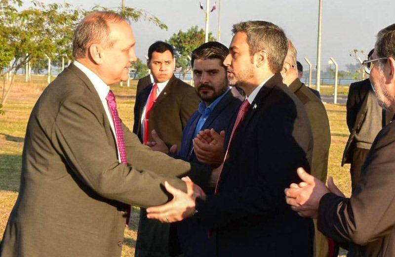 Mario Abdo quiere presentar planes viales y habitacionales a Mario Ferreiro