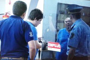 funcionarios cerro detenidos