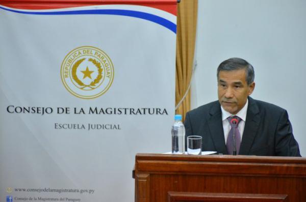 """Ministro de la Corte: """"el no pasar por una barrera no implica un hecho publible"""""""