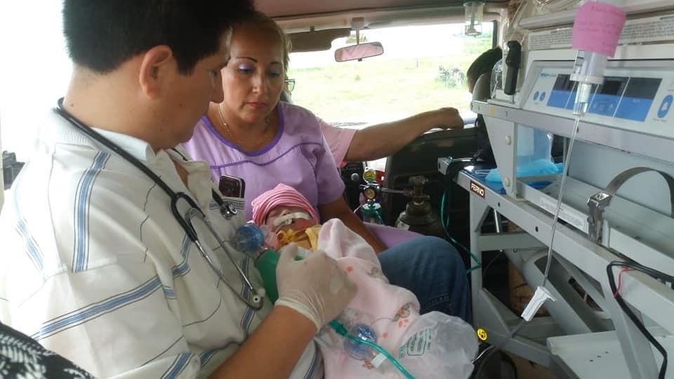 Una niña nace con el corazón fuera del tórax en Bolivia