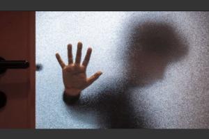 Abuso niños menores ilustrativo 000