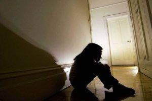 Abuso niños menores ilustrativo 005