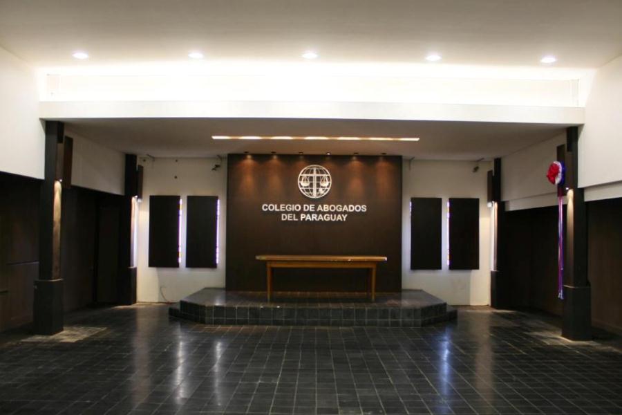 Terna para ministro: presión del Ejecutivo preocupa a Colegio de Abogados