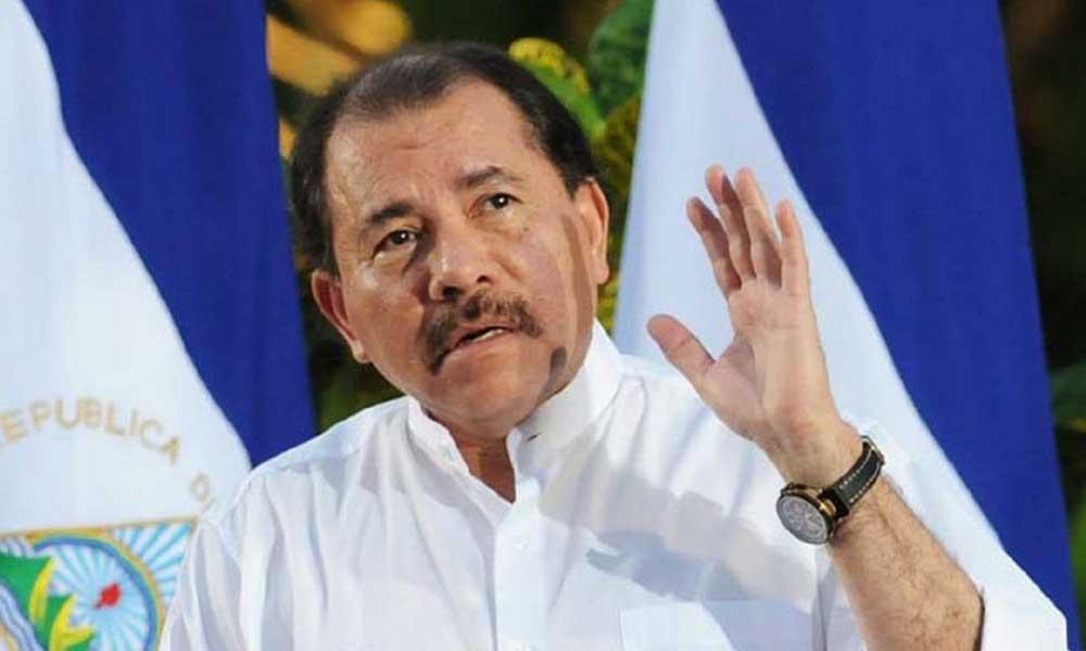 """Partido Comunista ruso condecora a Daniel Ortega por su """"aporte a la paz"""""""