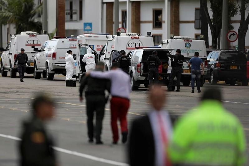 Suben a 21 víctimas fatales por ataque explosivo en academia policial de Colombia