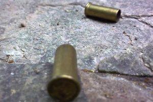 vainilla servida casquillo disparo de arma de fuego ilustrativa INTERNET 007