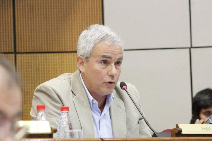 Fidel Zavala dice que su propiedad no forma parte del Parque Nacional Ybycuí