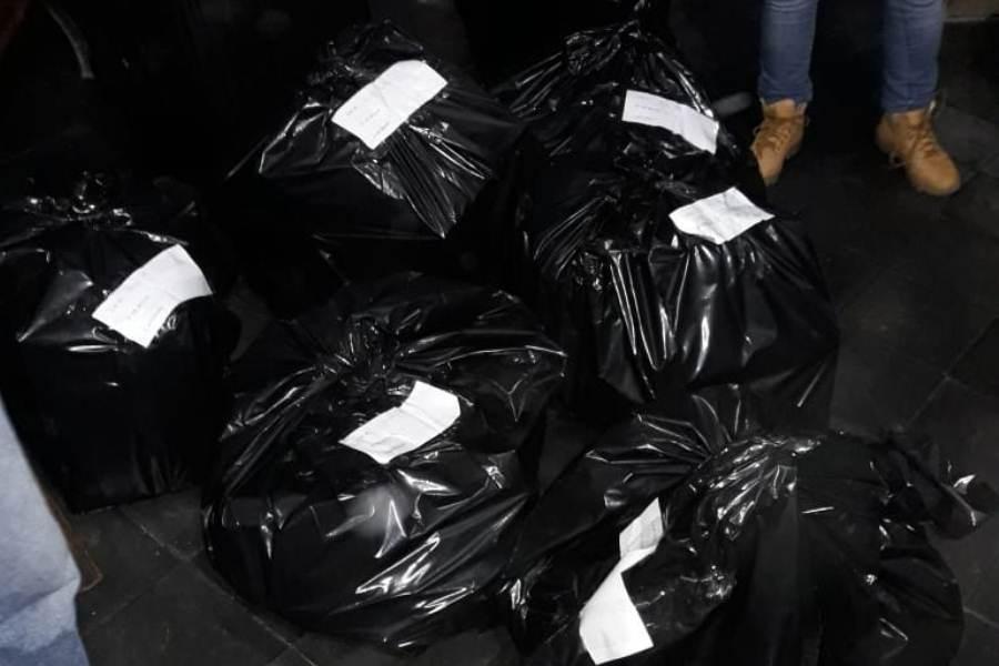 Llenan 100 bolsas con celulares y accesorios adulterados