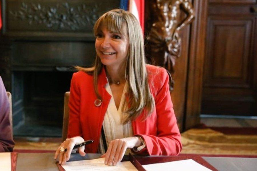 """Empleos: """"no podemos hablar de un fuerte impacto por recesión"""", dice ministra"""