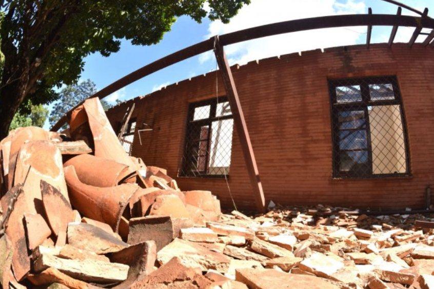 escombros obras escuelas mec fiscalización obras ÚH