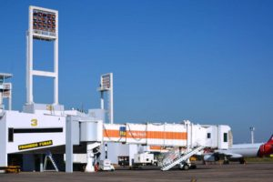 aeropuerto DINAC 02