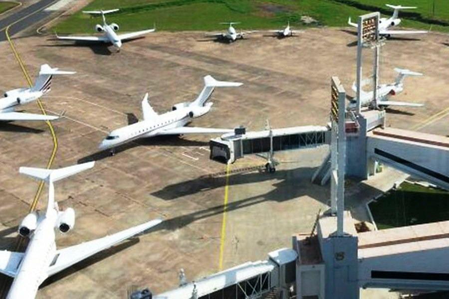 aeropuerto DINAC 03