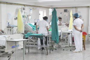 Residentes medicos residencia médicas salud pública hospital de Clinicas Archivo UH