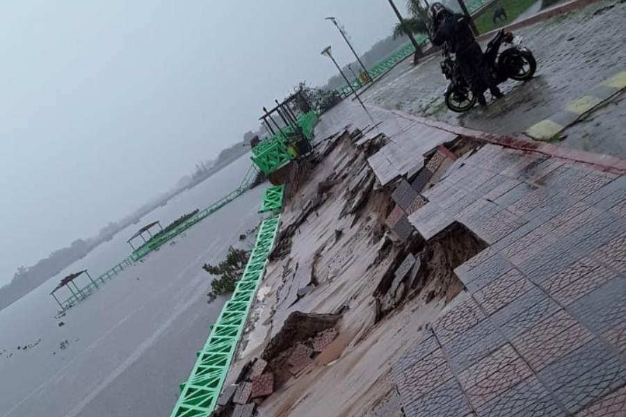 costanera pilar desmoronada por las intensas lluvias