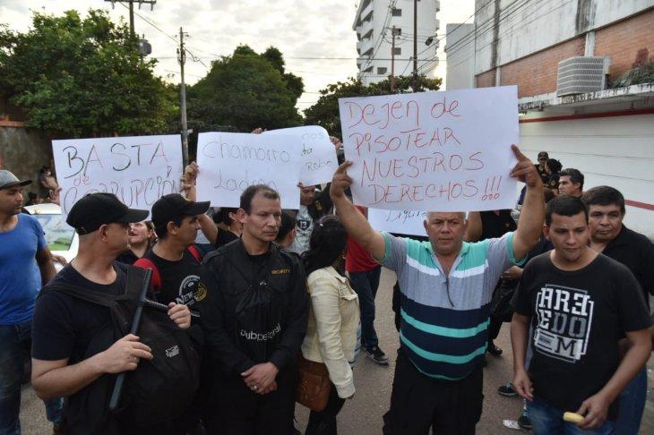 Tuma asegura que guardias despedidos serán indemnizados