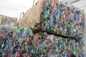 basura residuos solidos pláticos ANDINA PE
