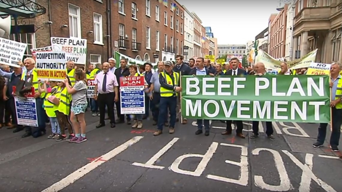 Ganaderos irlandeses marcharon contra el acuerdo entre UE y Mercosur