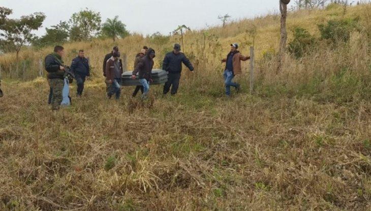 cadaver del ganadero brasilenho Dilson Bello dos Santos, en la colonia Puendy UH