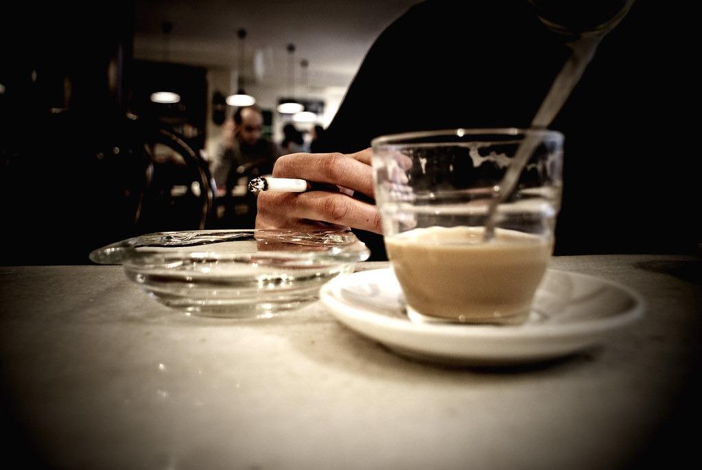 La nicotina produce más insomnio que un café