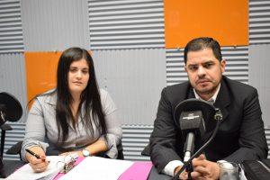 Belén Whittingslow y el abogado Juan Martín Barba denuncia de acoso sexual Cristian Kriskovich AM 1080