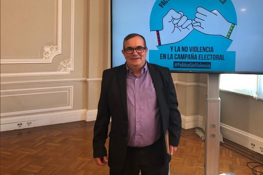 rofrigo londoño presidente del Partido Alternativo Revolucionario del Comun FARC TW