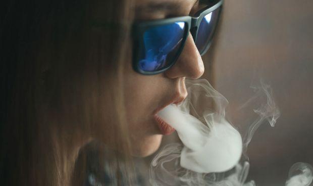 Registran primera muerte por cigarrillo electrónico en Estados Unidos
