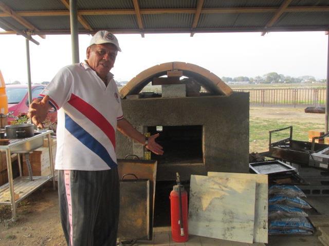 Emilio Yeza paraguayo vende comida paraguaya en japon FB YEZA