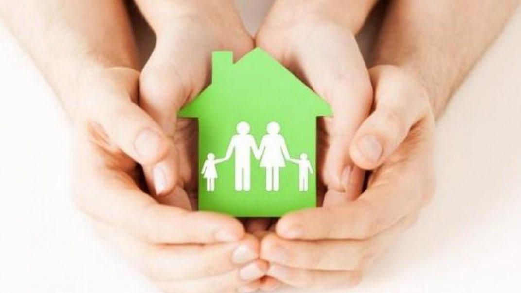 Ministra defiende regulación especial para el acogimiento familiar