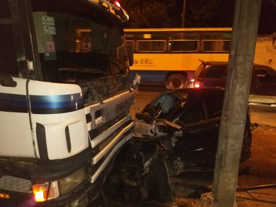 cuadruple accidente de transito limpio GENT