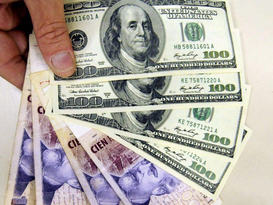 dolares pesos cepo cambiario