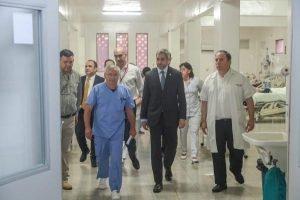 mario abdo mazzoleni agustin zaldivar en el hospital del trauma PRESIDENCIA