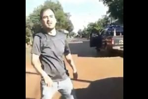 escrachador Ovidio Javier Leguizamon escrache al presidente Mario Abdo Benitez VIDEO PRINT