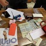 bolso con dinero y objetos encontrados en el aeropuerto GENT