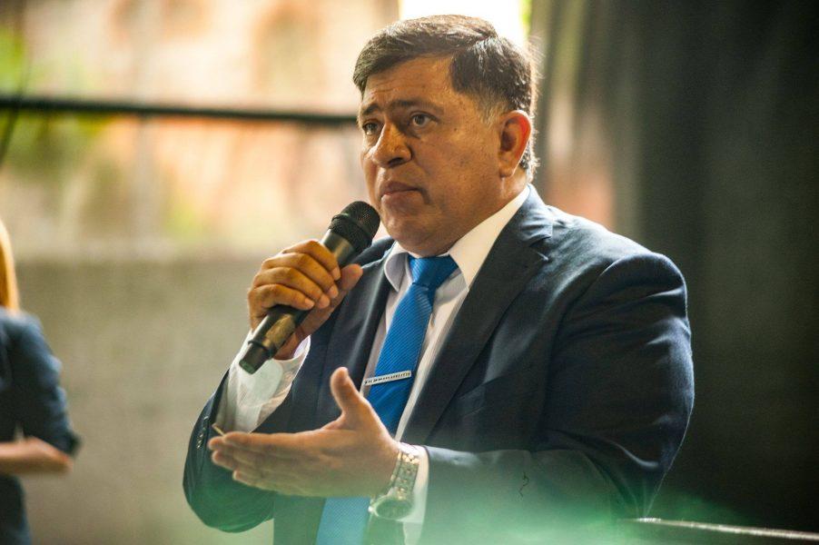 Armando gomez intendente de Lambare FB Armando Gomez