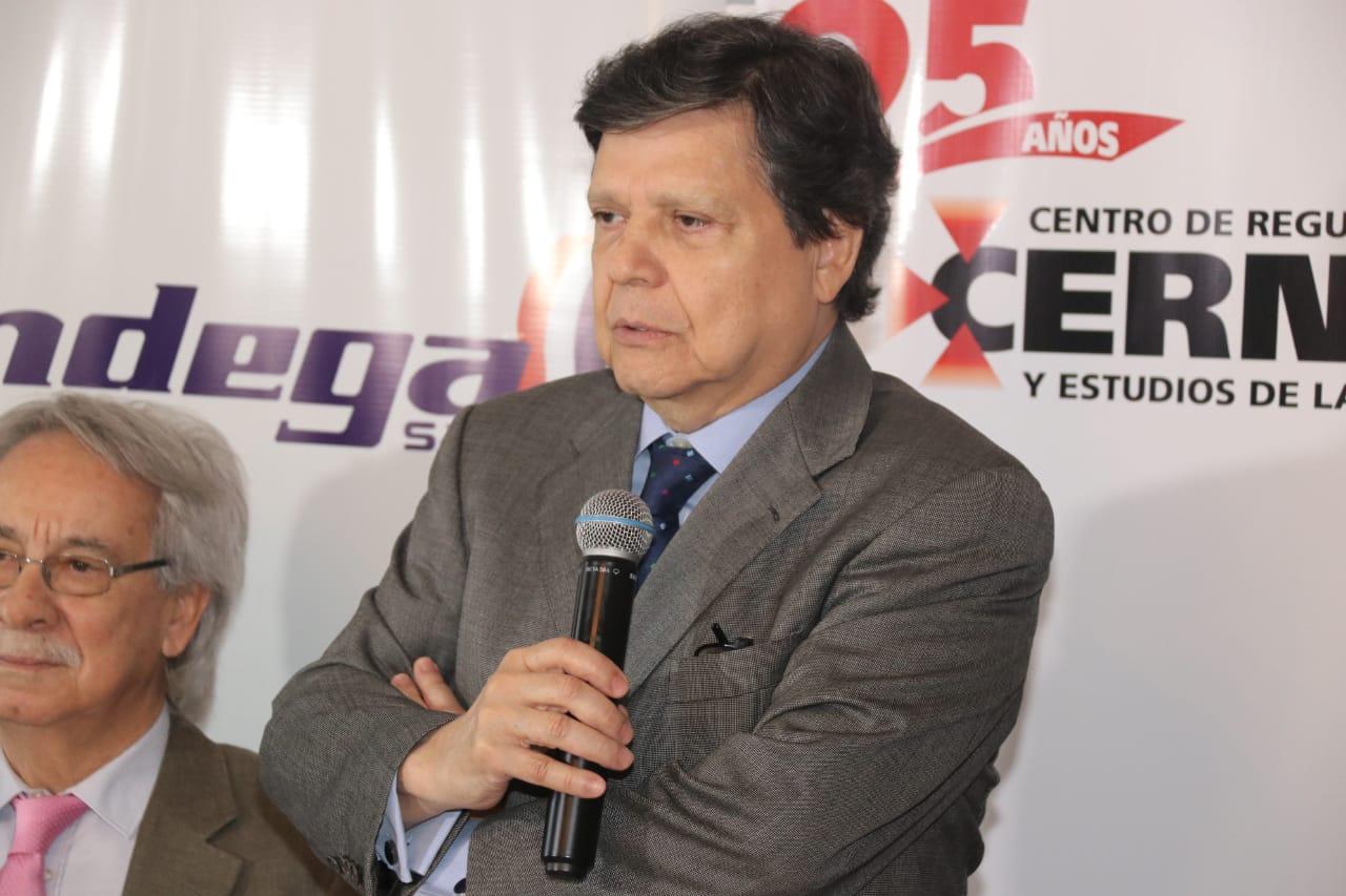 Euclides Acevedo ministro del Interior TW INTERIOR 006