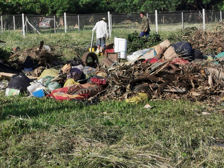 basura criaderos dengue mosquitos patio baldio baldios FB MUNI FERNANDO