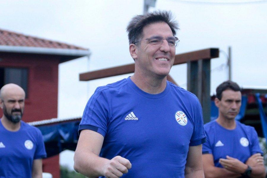 Eduardo Berizzo Dt TW ALBIRROJA