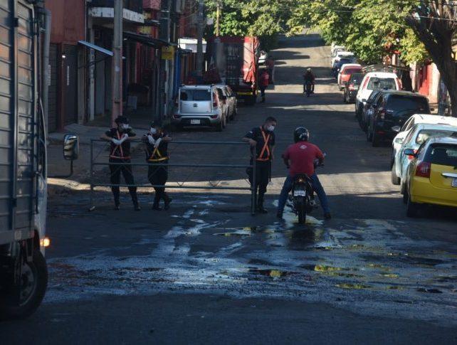 policia cuarentena coronavirus diario UH