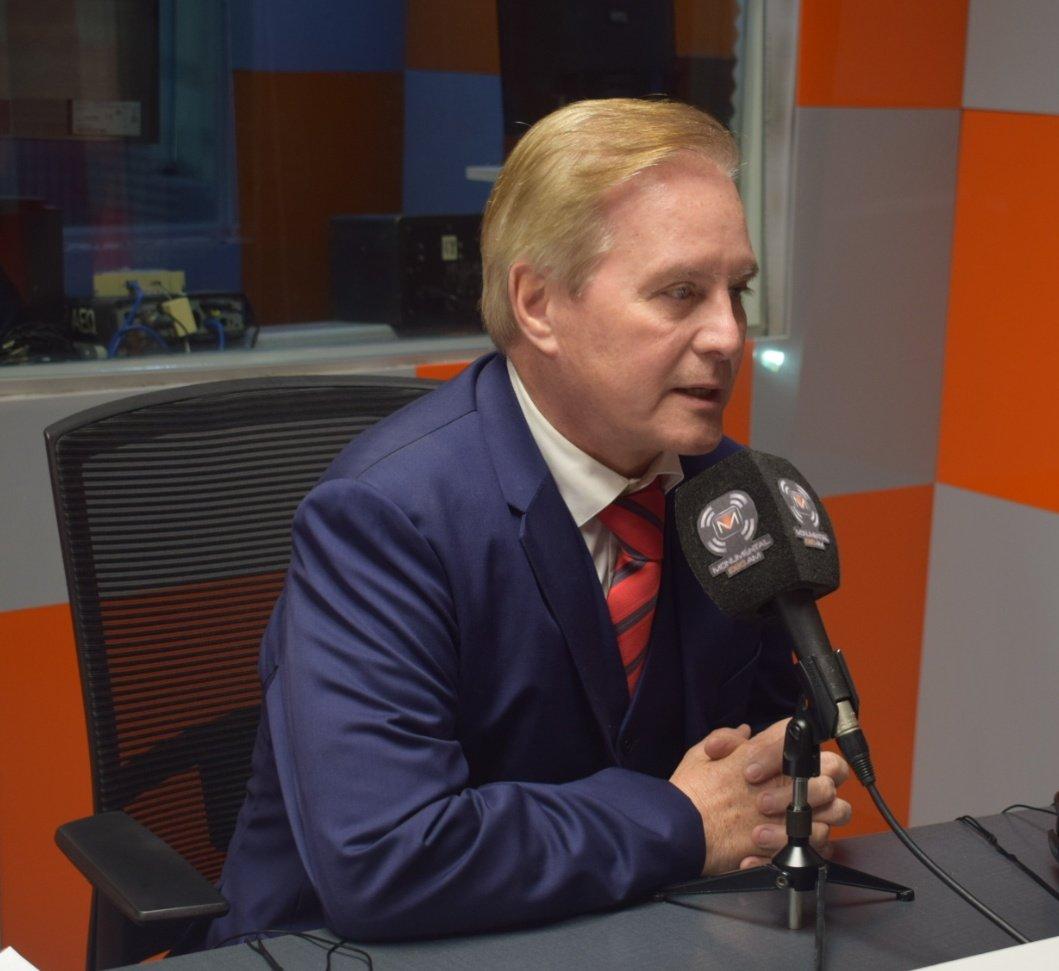 Ministro aclara cómo será la construcción del complejo habitacional en Mariano