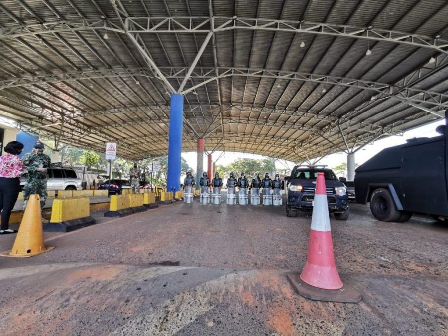 Comerciantes esteños critican gestión del Gobierno ante la crisis