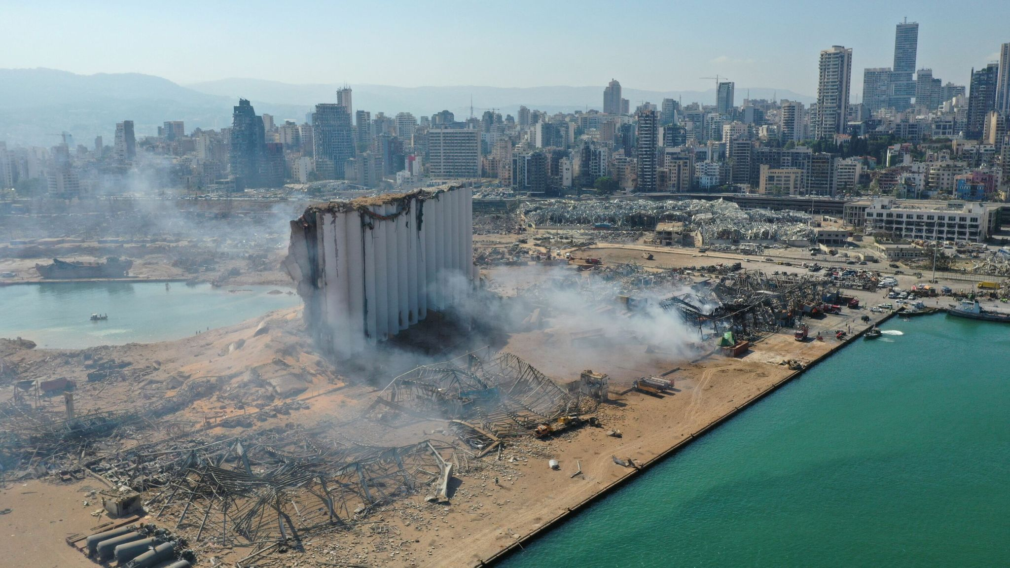 explosion en beirut libano Sky News